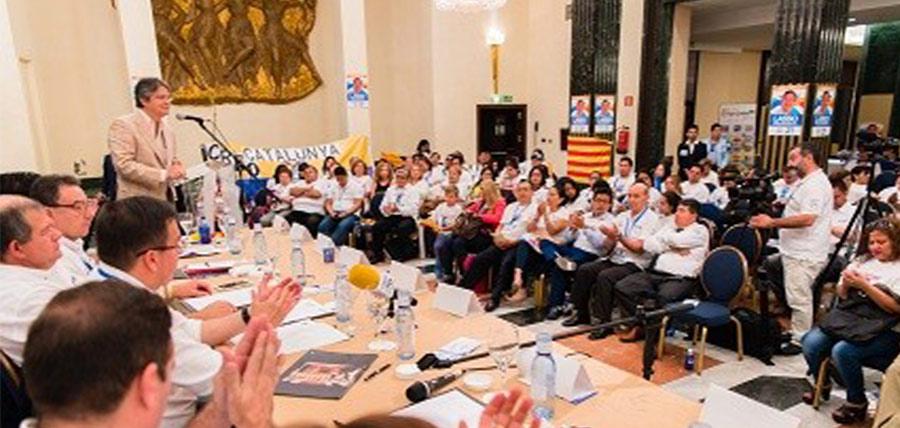 Masivo respaldo de comunidad migrante para Lasso