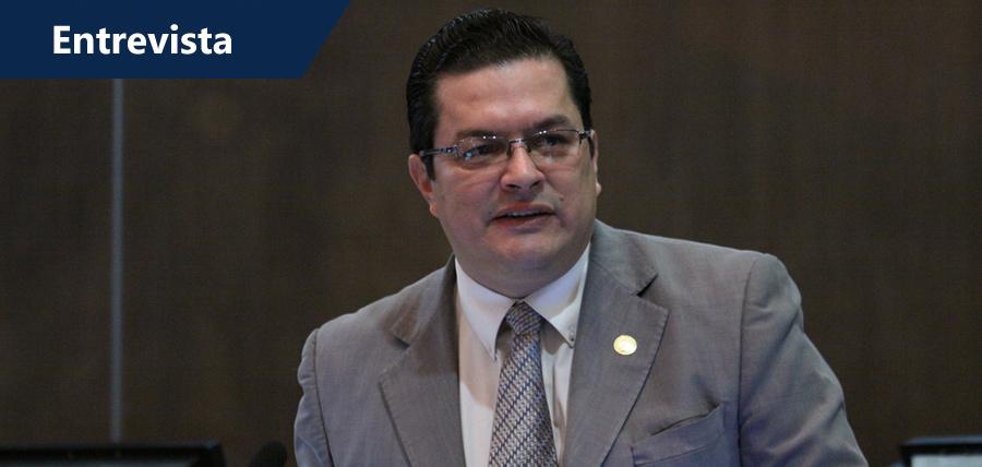 Las universidades son un chivo expiatorio para desviar la investigación en Petroecuador
