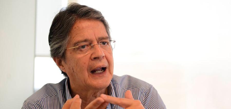 Guillermo Lasso:Yo no he propuesto bajar los sueldos; eso es una barbaridad