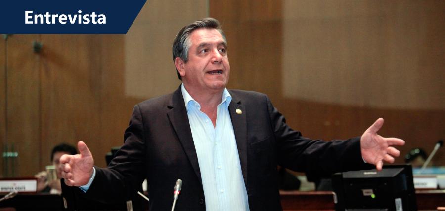 Donoso criticó nuevamente modelo económico del actual  Gobierno
