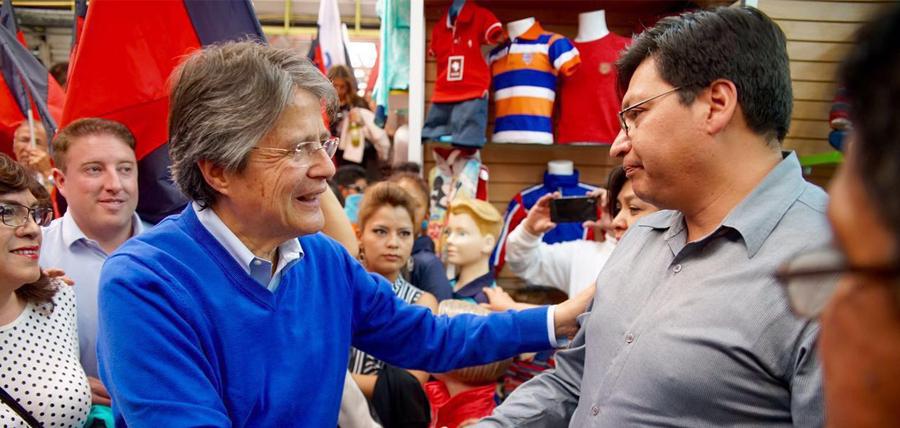 Lasso inició su agenda de  recorridos en Quito
