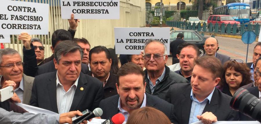 César Monge ante la Fiscalía
