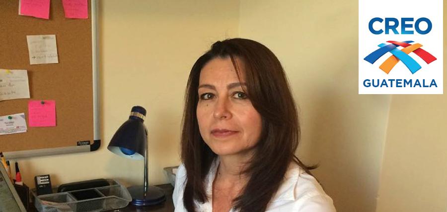 La  mujer ecuatoriana debe perder el miedo y unirse al cambio