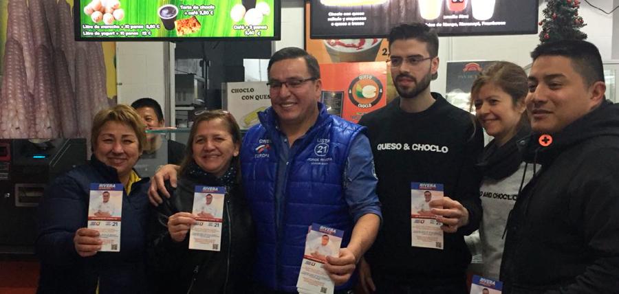 Jorge Rivera visitó la comunidad  de ecuatorianos en Barcelona