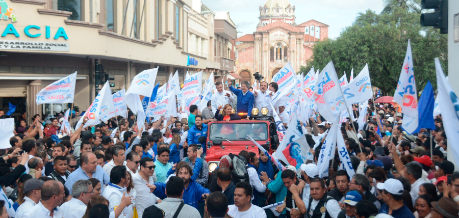 Cuenca se volcó a las calles para respaldar a Lasso