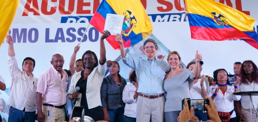 Guillermo Lasso y Marcia Caicedo firmaron Acuerdo Social por el Cambio