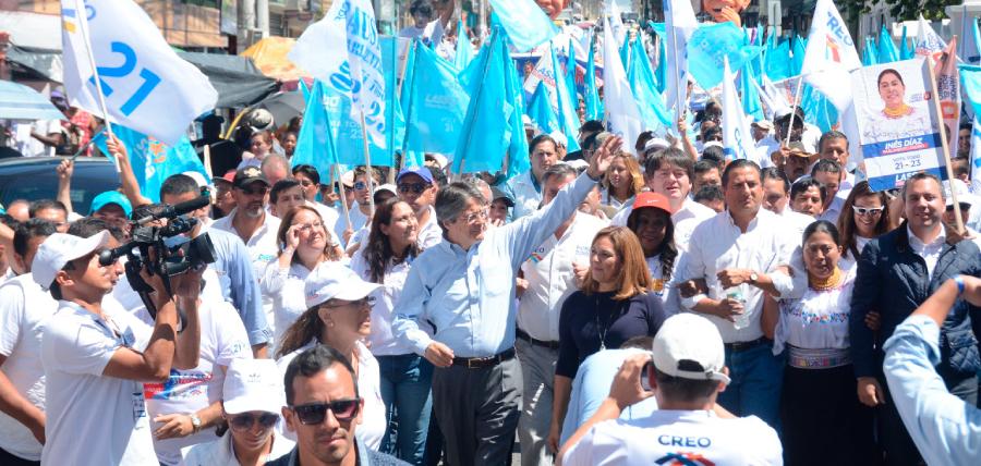 Lasso recibió el respaldo a su plan 1 Millón de Empleos en la parroquia Calderón
