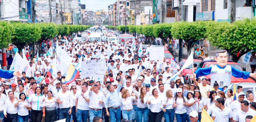 Masiva acogida al líder del Cambio en Los Ríos