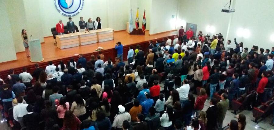 Jóvenes de Tungurahua apoyan Ley del Primer Emprendimiento de Lasso