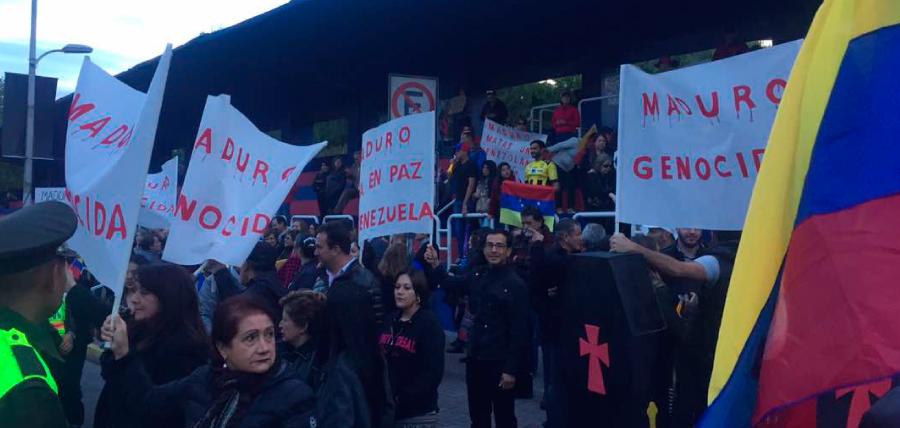 Rechazo ciudadano evita presencia de Maduro en Ecuador