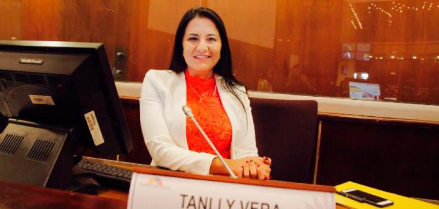 Asambleísta Vera presentó proyecto reformatorio a Ley de Función Legislativa