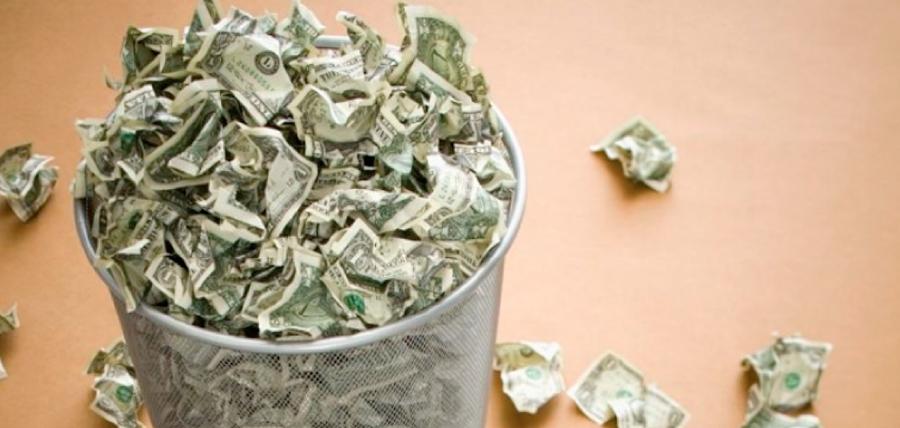 Los bonos que utiliza la Revolución Ciudadana para endeudar el Ecuador reciben calificación de «basura»