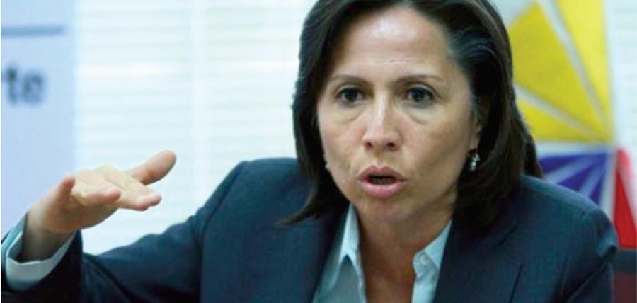 Glosa en contra de Exministra del correísmo por 111 millones