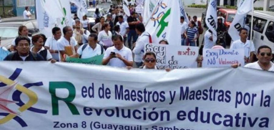 Denuncian a la Red de Maestros de Alianza País por imponer profesores involucrados en corrupción