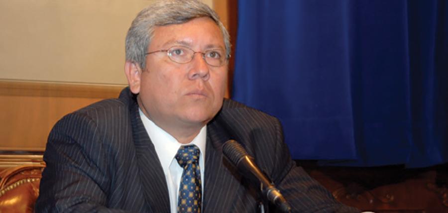 Moreno desconoce las cifras del déficit y no toma otras decisiones económicas por razones electorales