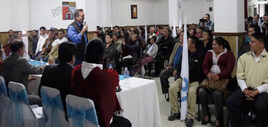 CREO continúa su recorrido nacional y fortalece sus bases en Bolívar
