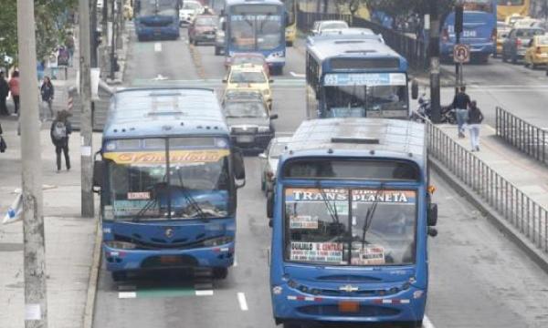 El transporte público anuncia afectación por el paquete de impuestos de Lenín Moreno