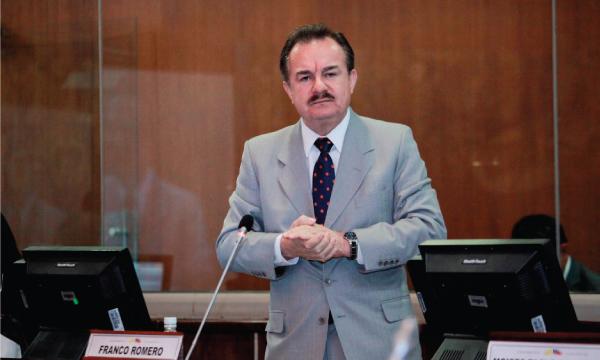 CREO logra plan de pago por deudas para comerciantes fronterizos