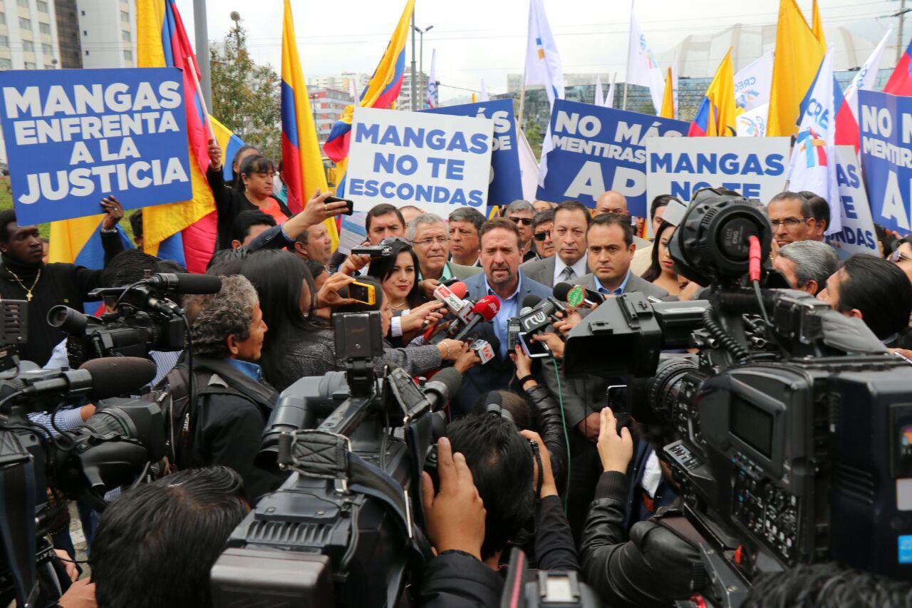 CREO denuncia a Mangas en la  Fiscalía para que responda a los ecuatorianos
