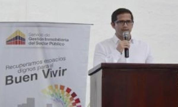 El Secretario de la Reconstrucción acusa a Ministro de Economía por obras paradas por falta de liquidez