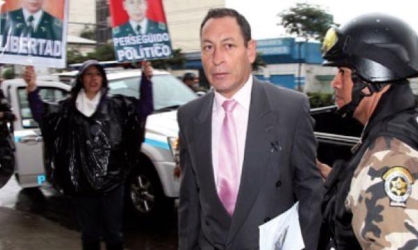 César Carrión pedirá que se investigue al Fiscal Carlos Baca