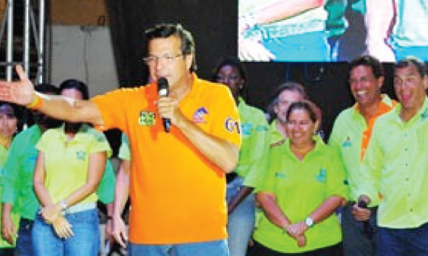 Prefecto Jairala entregó $8,6 millones de dólares de dinero público a empresa de los Alvarado