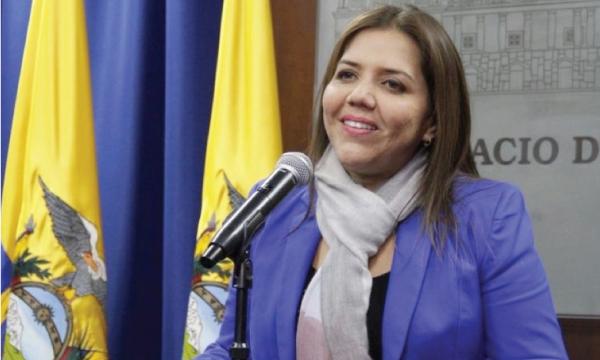 Vicepresidenta Vicuña defiende los derechos del gobierno criminal del chavista Nicolás Maduro
