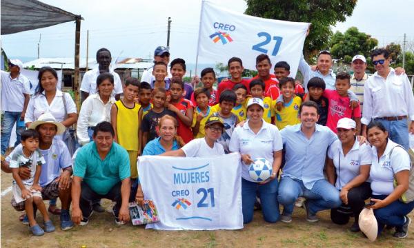 Francisco Jiménez trabaja suma nuevos adherentes al noroeste de Guayaquil