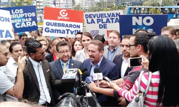 """""""Correa y todos los responsables de la quiebra de los medios deben responder ante la ley»"""