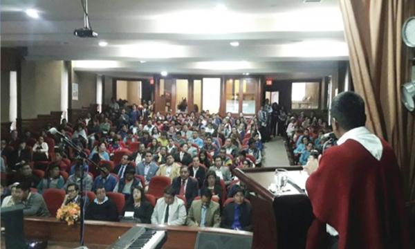 En Bolívar Asambleísta del Bloque de la Unidad por el Cambio presenta su rendición de cuentas
