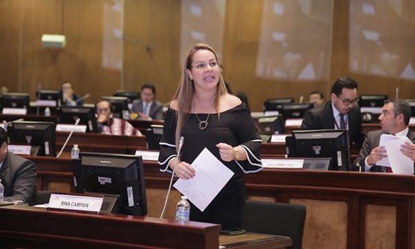 Asambleísta de Esmeraldas busca incentivar el turismo en la provincia