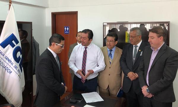 Fabricio Villamar exige responsables en caso de corrupción municipal