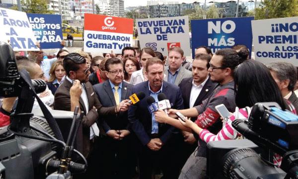 Monge y Michelena comparecen por denuncia de CREO en contra del atraco a los medios incautados