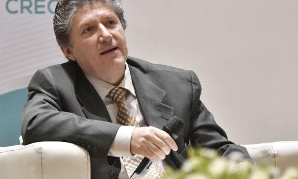 Según funcionario en Ecuador se paga un millón y medio de dólares  para ser Ministro