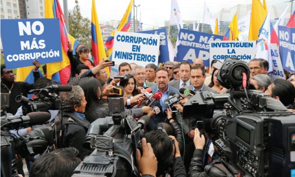 CREO presentará acción legal en la Fiscalía por el escándalo de la venta del Ministerio de Agricultura