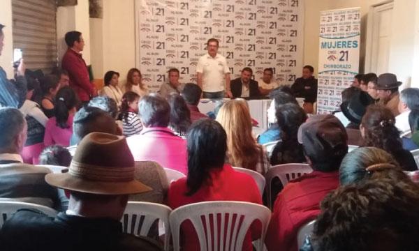 En Alausí CREO Chimborazo posesiona sus nuevas directivas