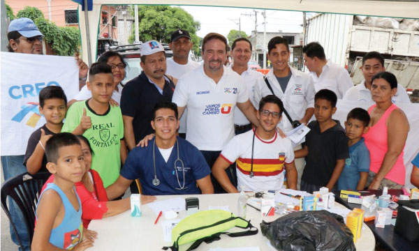 CREO continúa con su labor social a través de brigadas médicas en los sectores populares de Guayaquil