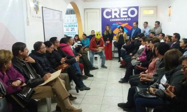 El Frente de Profesionales de CREO Chimborazo continúa con su trabajo de fortalecimiento territorial
