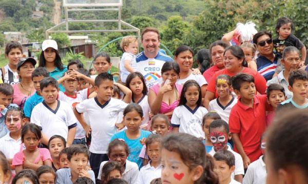 En Guayaquil CREO extiende su labor social a los niños y familias de Monte Sinaí