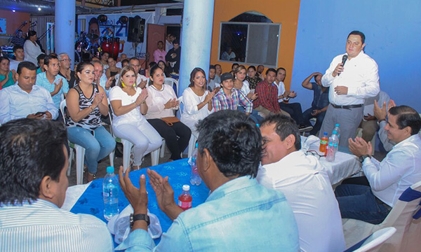 En el Cantón Vinces CREO Los Ríos se fortalece y posesiona a sus frentes de Jóvenes y Mujeres