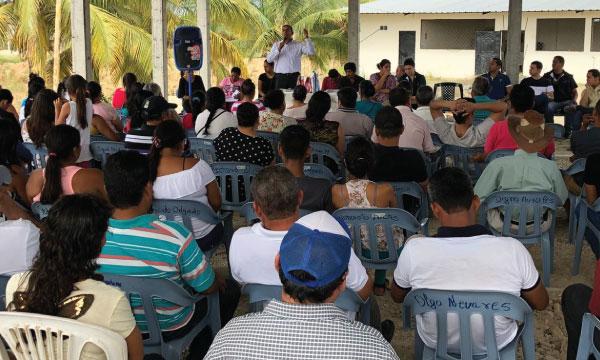 En la Parroquia Crucita de Portoviejo continúa el fortalecimiento territorial de CREO Manabí
