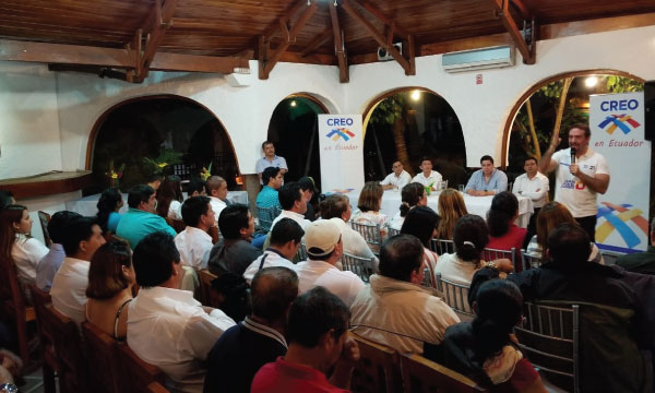 Gira Nacional de fortalecimiento de CREO continúa con la estructura territorial en Galápagos