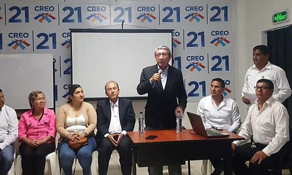 Asambleísta de CREO dicta charla de capacitación en materia laboral a la dirigencia en Guayas