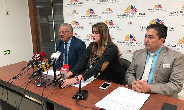 CREO exige al CAL respuesta sobre pedido de Juicio Político contra Espinosa