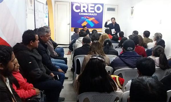 En Riobamba CREO Chimborazo trabaja con sus líderes parroquiales para cumplir sus metas territoriales