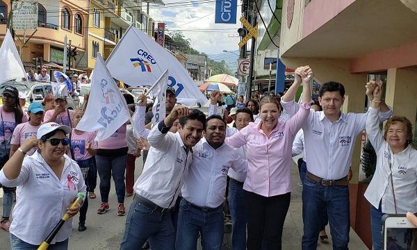 Bucay recibe la presencia de Poly Ugarte para impulsar el proceso de cambio cantonal y provincial
