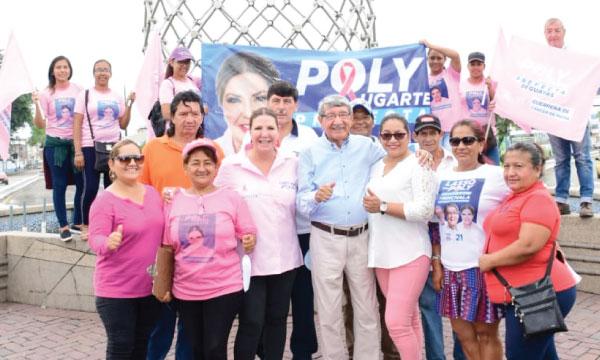 Poly y Rómulo Minchala llevan el mensaje de cambio a los ciudadanos de Milagro