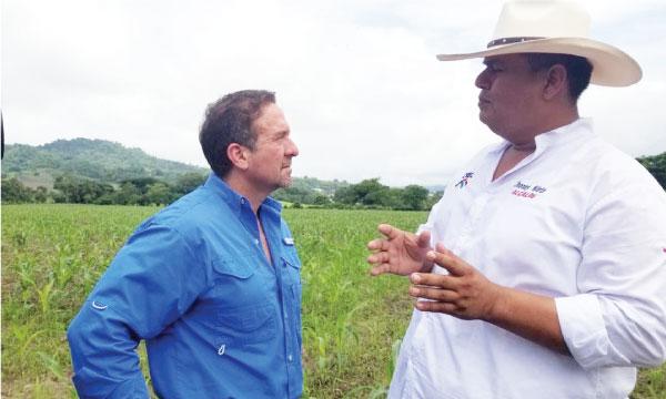 Buscar el desarrollo de Paján es lo que busca Jhonny Nieto