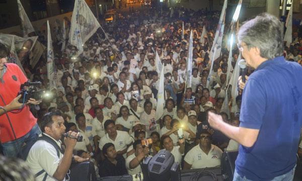 Lasso llega a Santa Elena para apoyar a los candidatos del cambio
