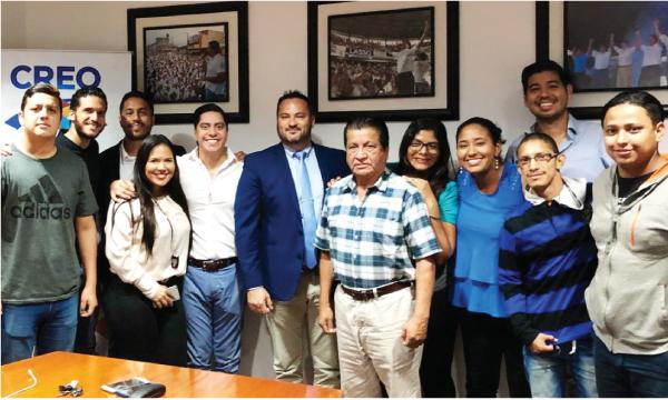 Jóvenes CREO compartieron experiencias con concejal electo de Miami